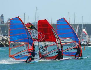 Four Windsurfers Synchronised