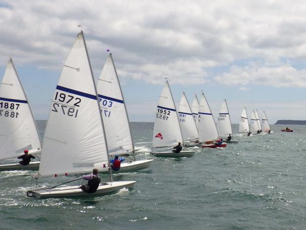 Streakers Sailing